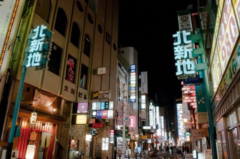 未経験者必見!大阪のキャバクラ求人を見る際のポイントを解説