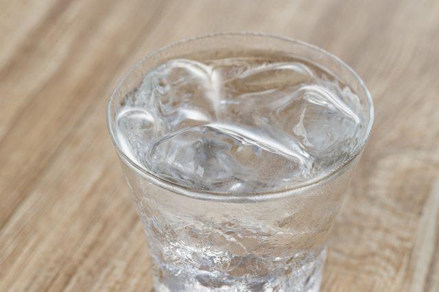 ③水を注ぐ