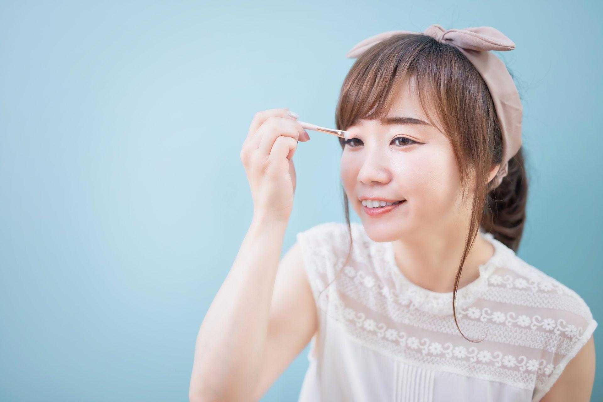 大阪のキャバクラでは派手な化粧のほうがいい?