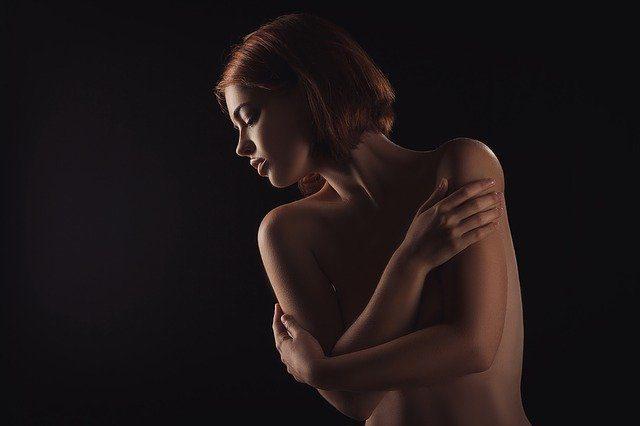 ヌード撮影会モデル