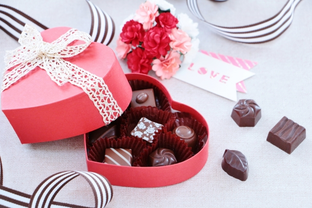 太客用⇒ガチ手作りor高価なチョコ+手紙